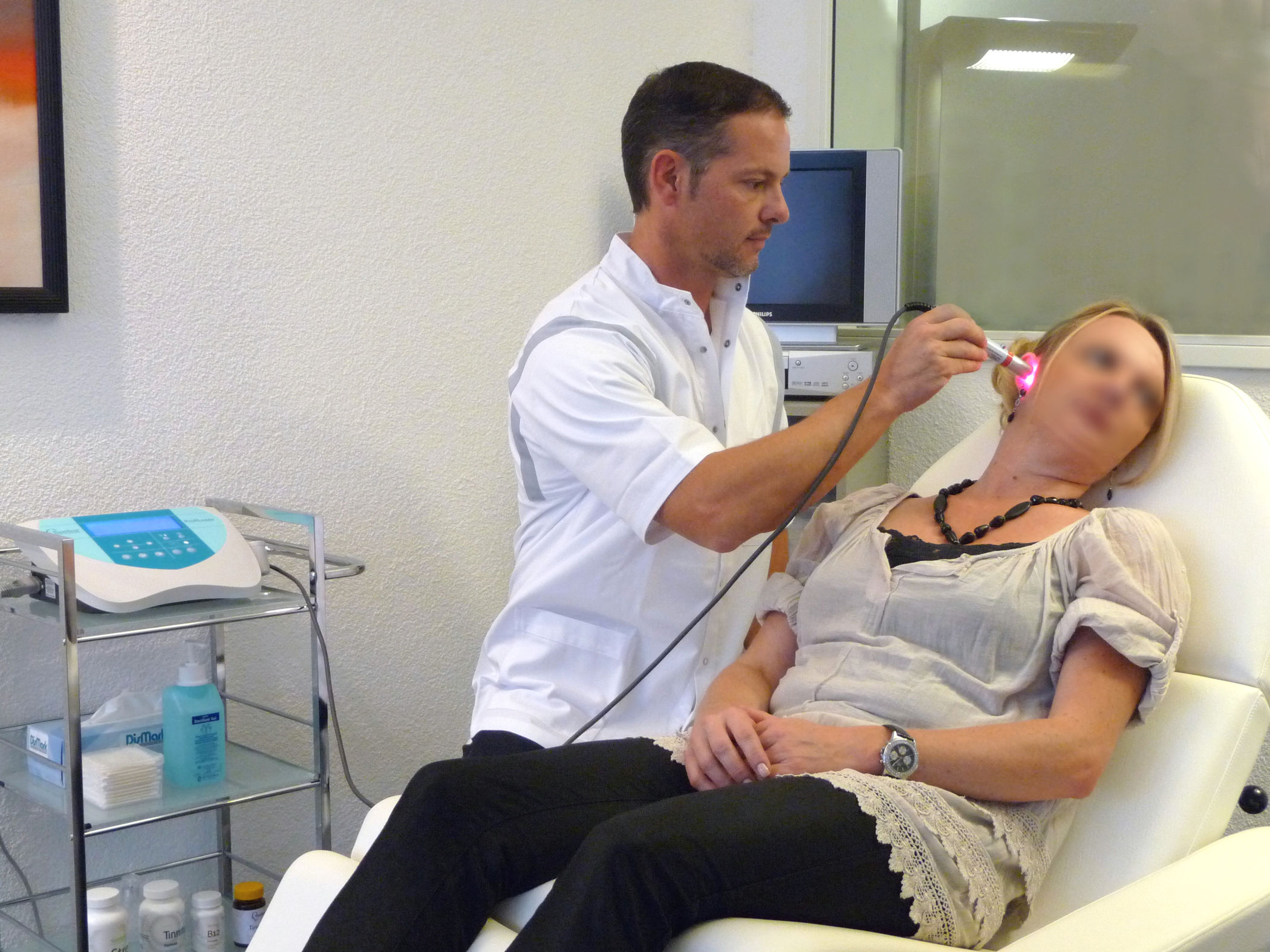 Tinnitus Therapie-Center Behandlung mit Tinnitus-Therapeuten